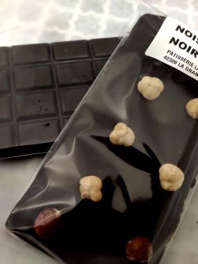 Tablette de chocolat noisette  noir 64%